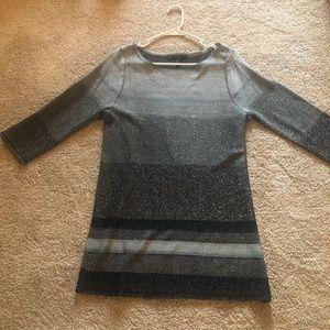 White House Black Market tunic top size large